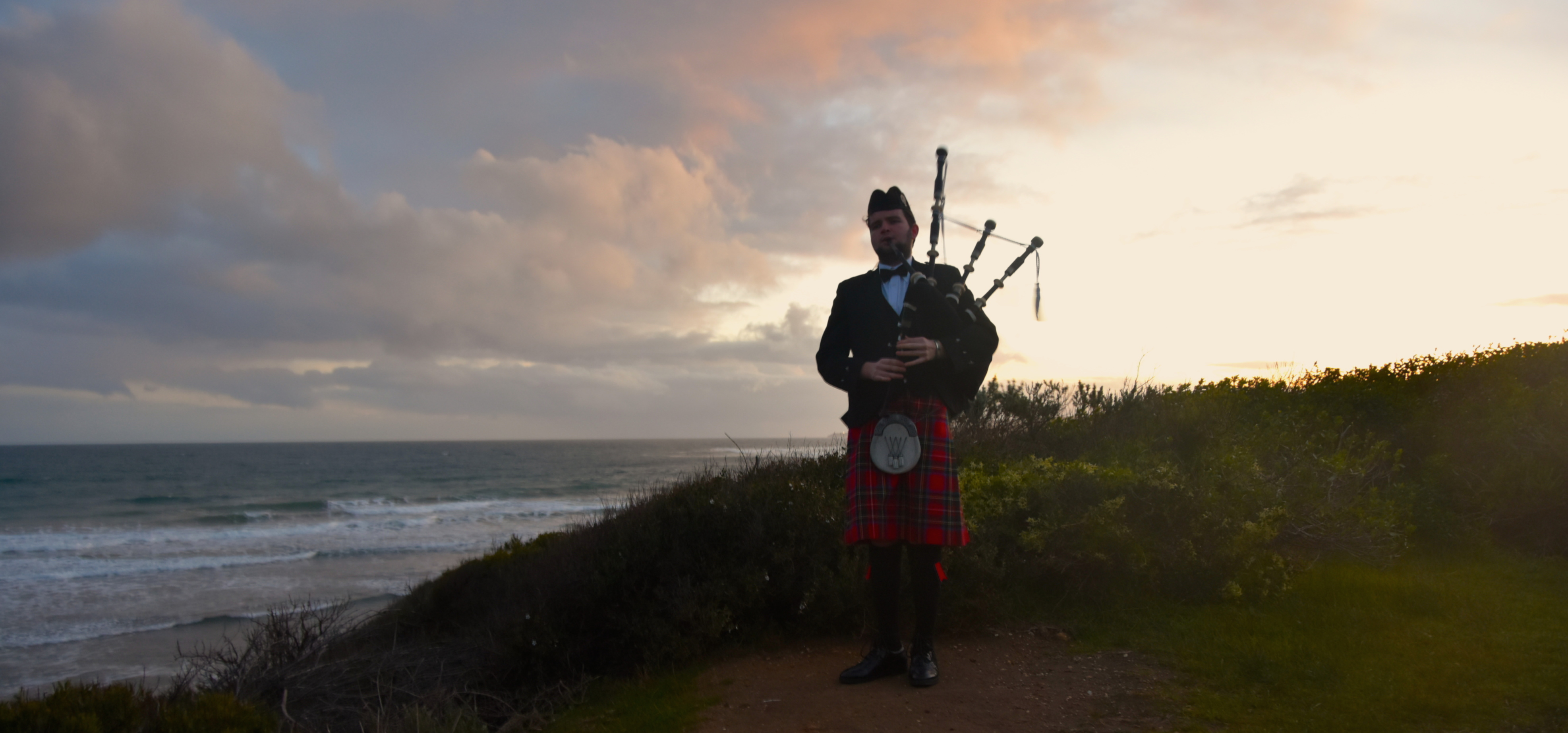 Bagpipes For Moving Moments